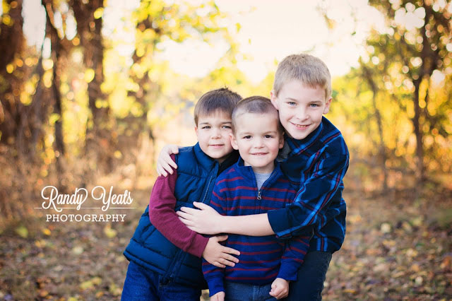 Randy Yeats Photography: December Mini Session, Three Brothers